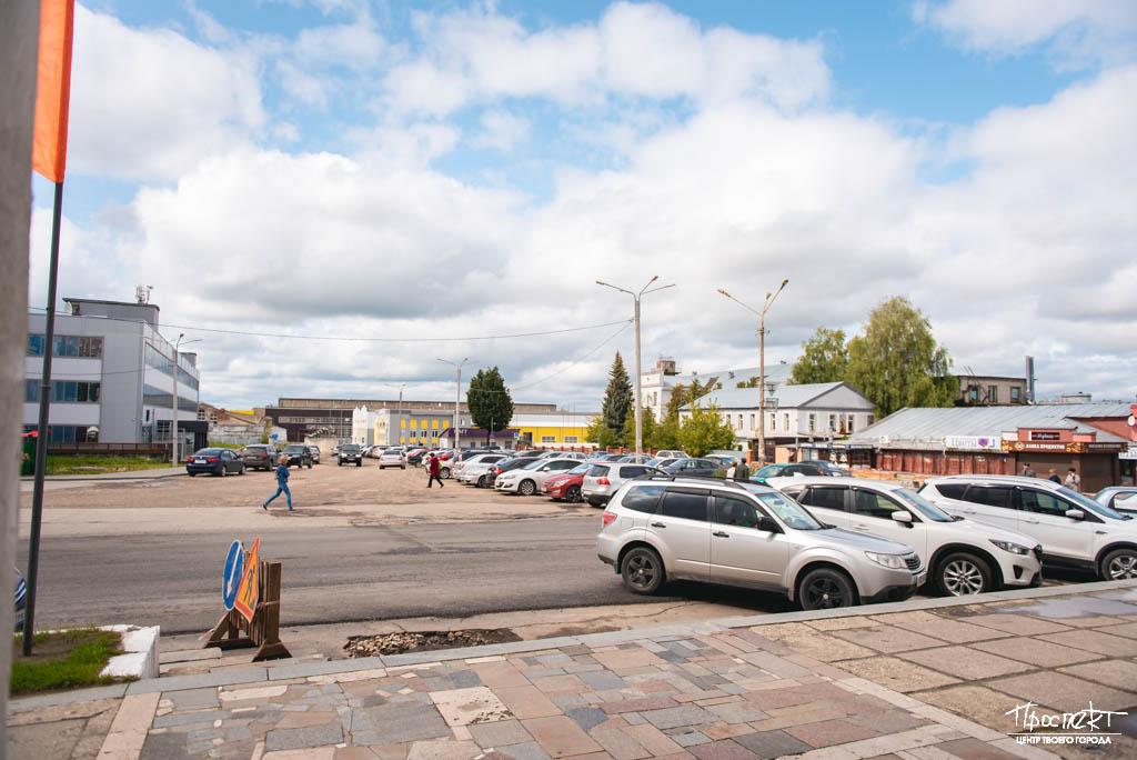 проспект медиа, сквер, дк ленина, ковров молл, КЭЗ, памятник экскваторному заводу