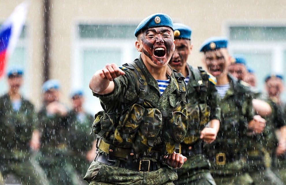 Официальное поздравление десантникам