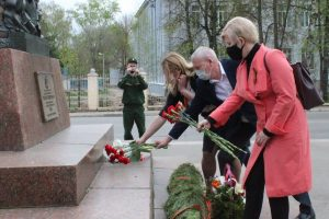 проспект медиа, геро советского союза, мемориалы участникам ВОВ в Коврове