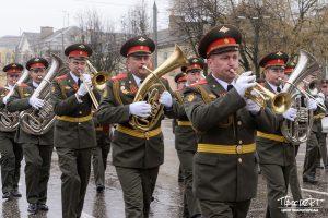 проспект медиа, военный оркестр, 9 мая, день победы, парад